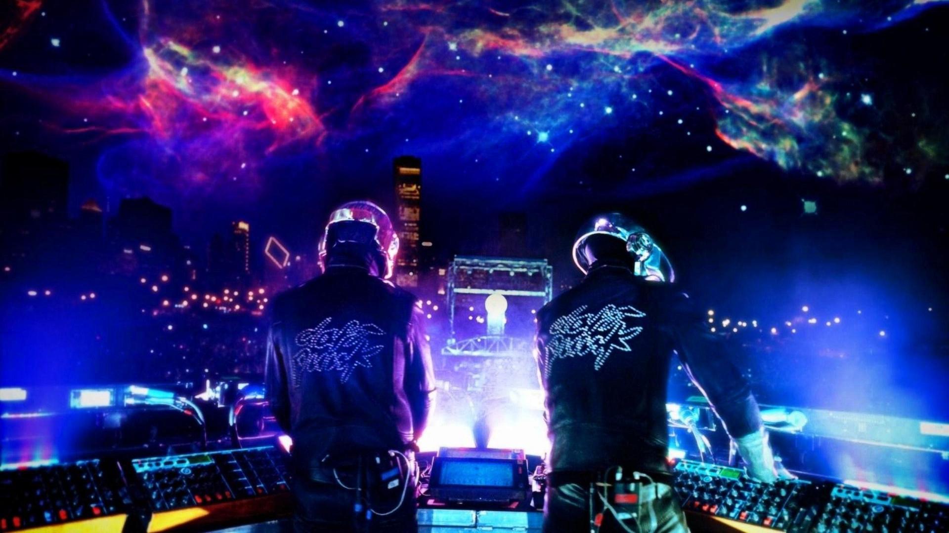 Lumines: Electronic Symphony изначально была игрой про Daft Punk