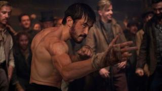 Сериал «Воин» от создателей «Банши» продлили на третий сезон