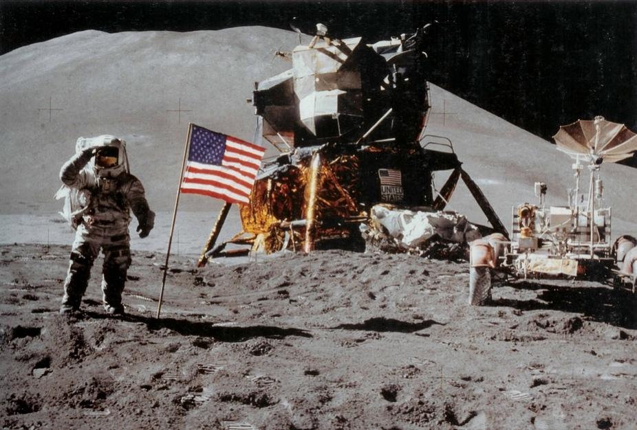 Россияне собрали больше миллиона рублей на проверку теории «лунного заговора»