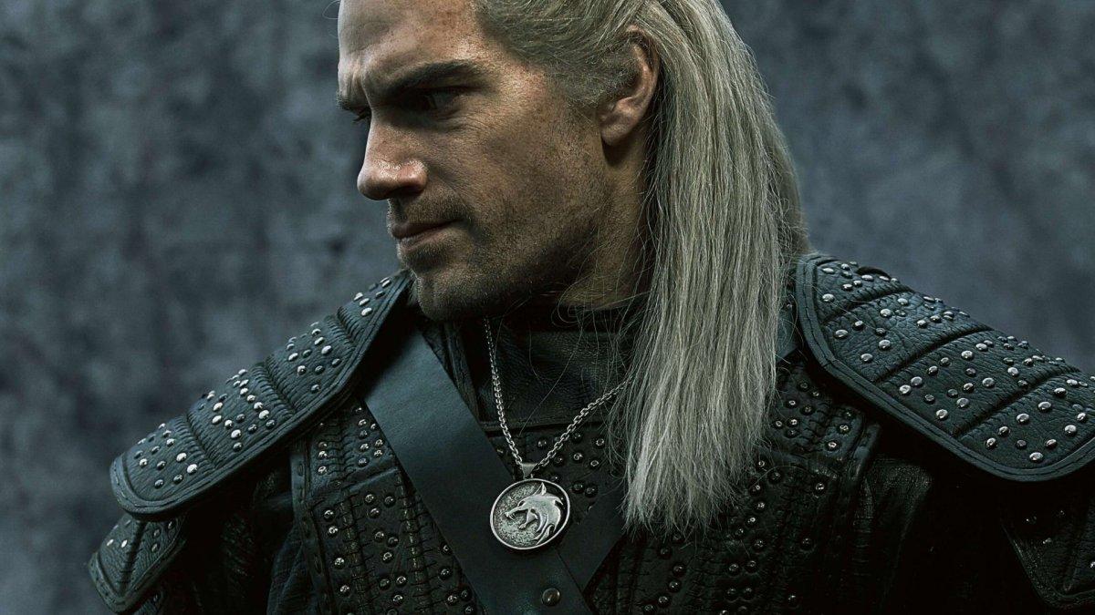 Художник сериала «Ведьмак» объяснил, почему медальон Геральта так выглядит