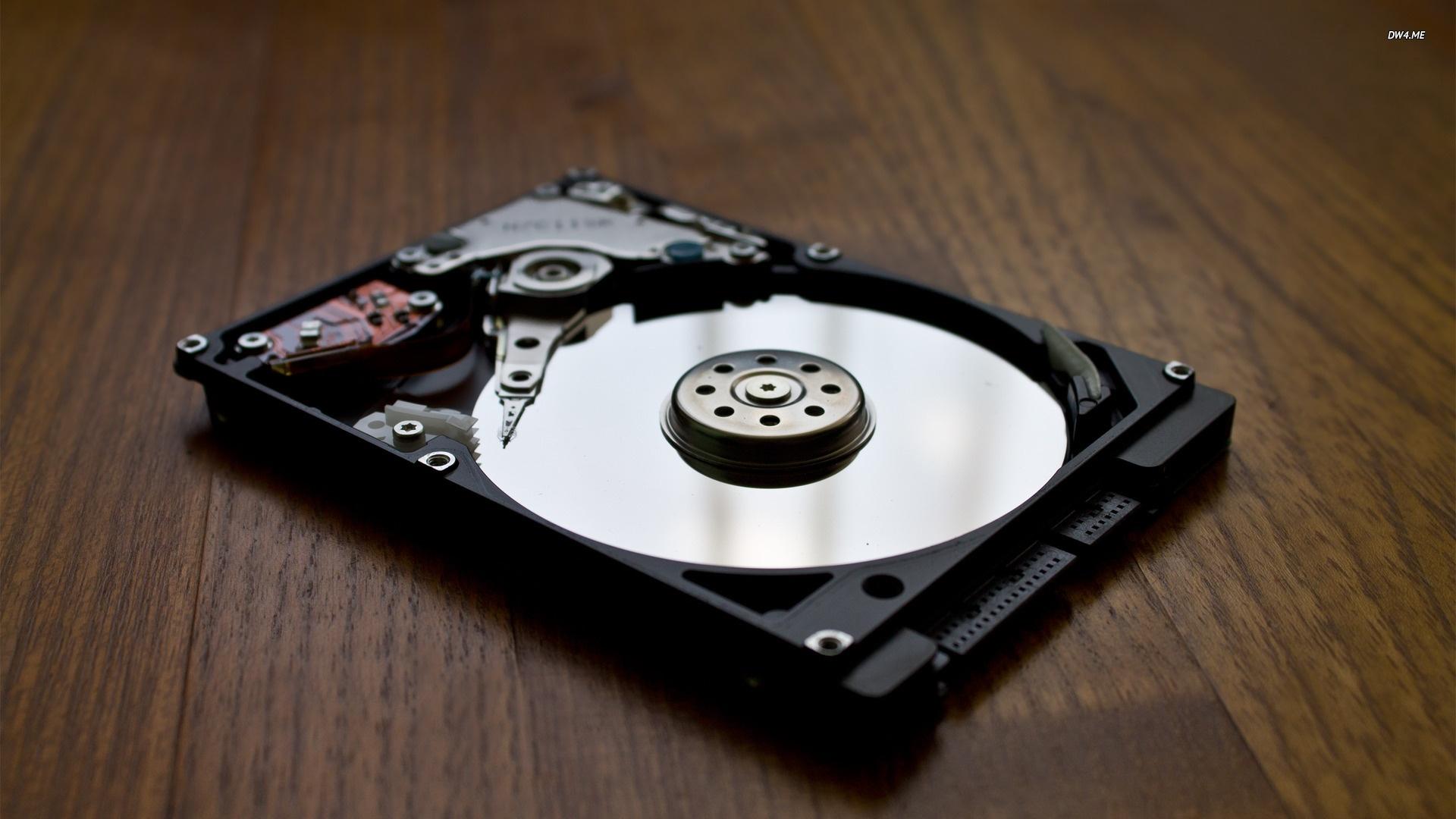 Showa Denko готовится выпускать пластины для жёстких дисков на 80 ТБ