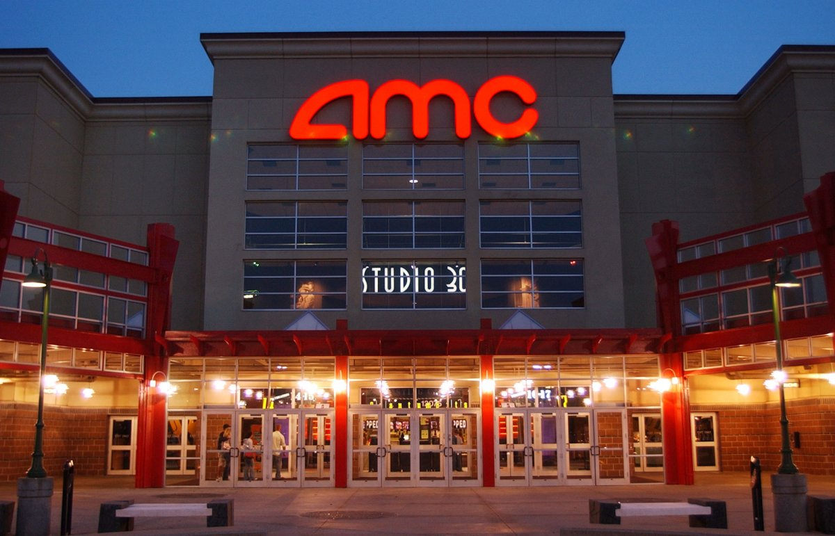 Многие крупные киносети США будут готовы открыться только в июле