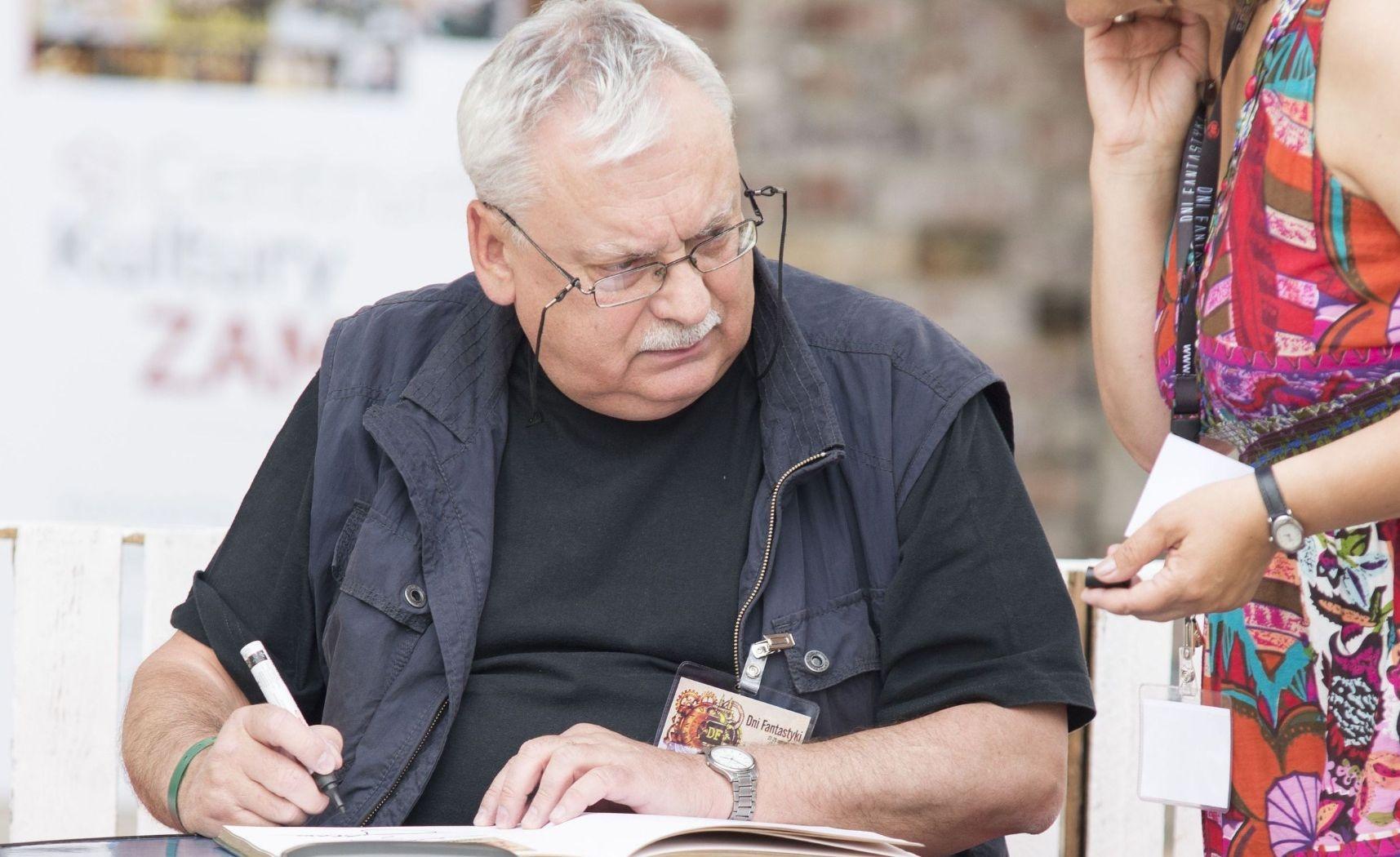 Анджей Сапковский не любит работать и не собирается критиковать сериал «Ведьмак»
