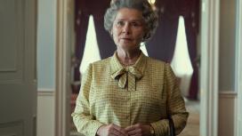 Netflix представил первый кадр пятого сезона «Короны» с Имельдой Стонтон