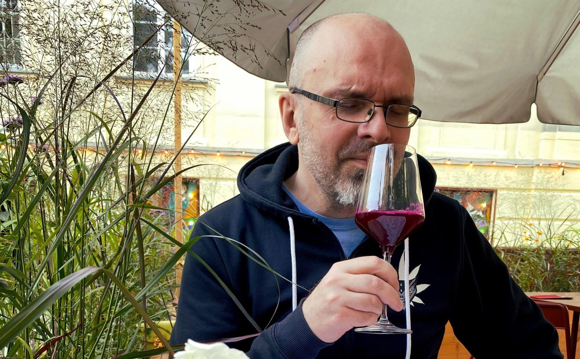 «Бадовский не пьёт на ночь кровь сотрудников»: Адриан Хмеляж о кранчах в CD Projekt