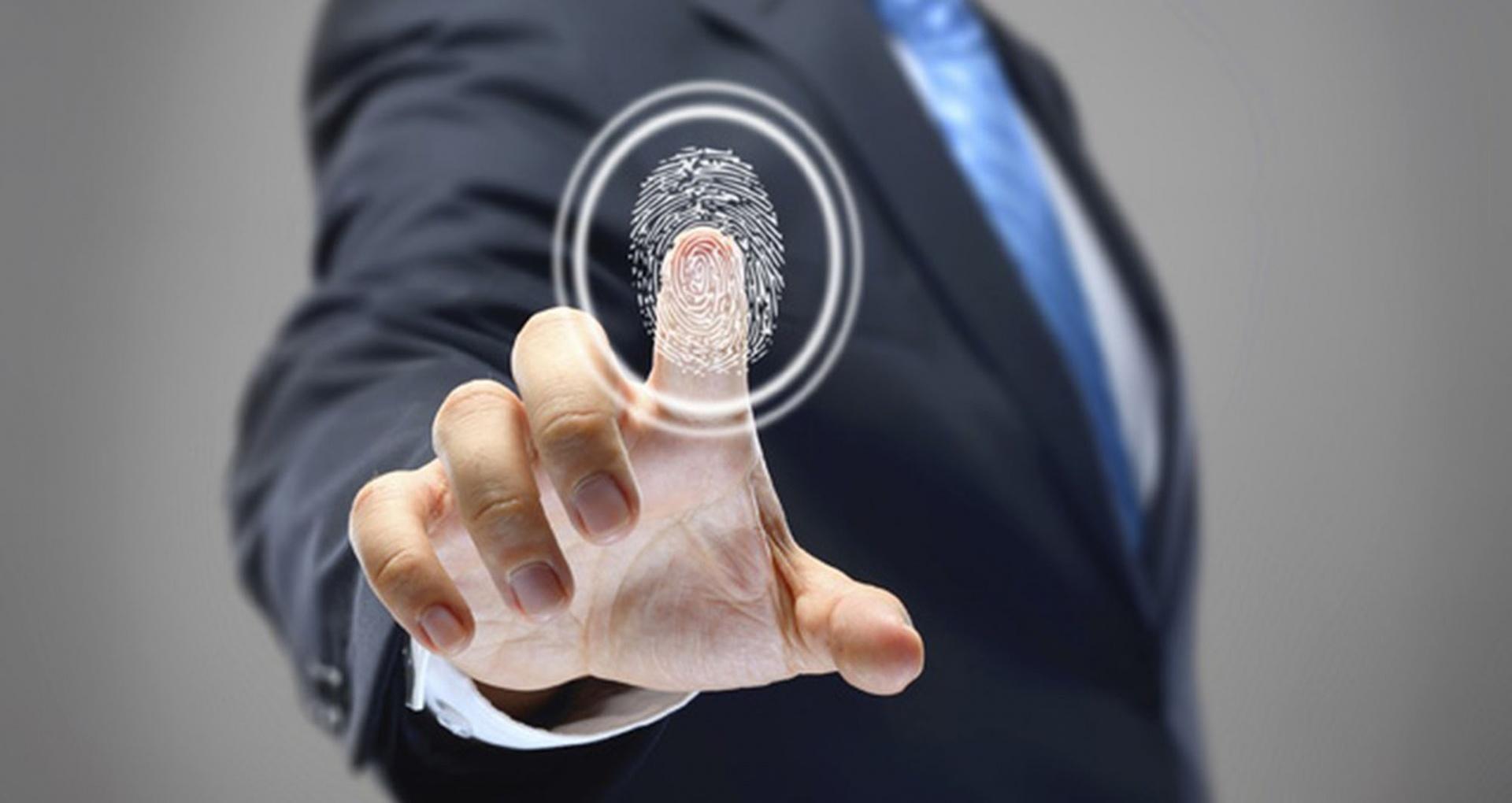 Отпечатки пальцев миллиона человек из почти сотни стран попали в сеть