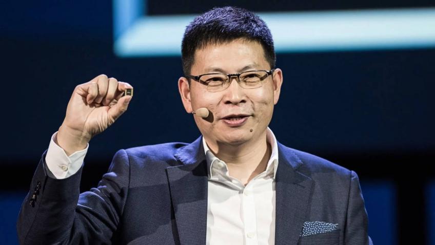 Глава Huawei рассказал о будущем складных смартфонов