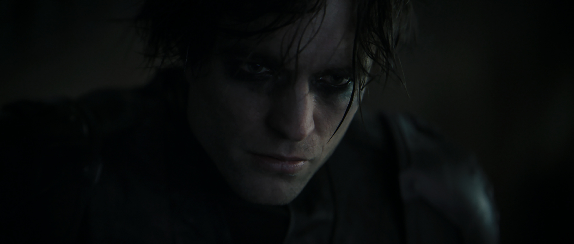 Представлен тизер и детали нового Бэтмена с Робертом Паттинсоном