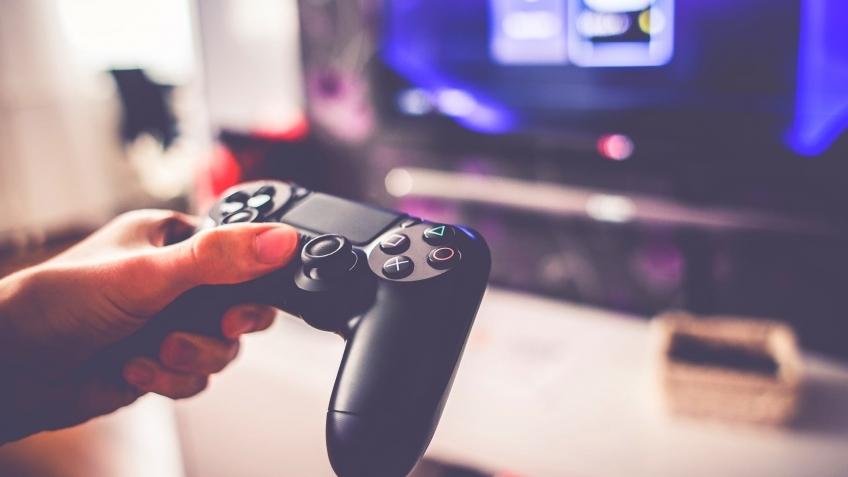 В PlayStation Now появилась возможность скачивать игры для PS4 и PS2