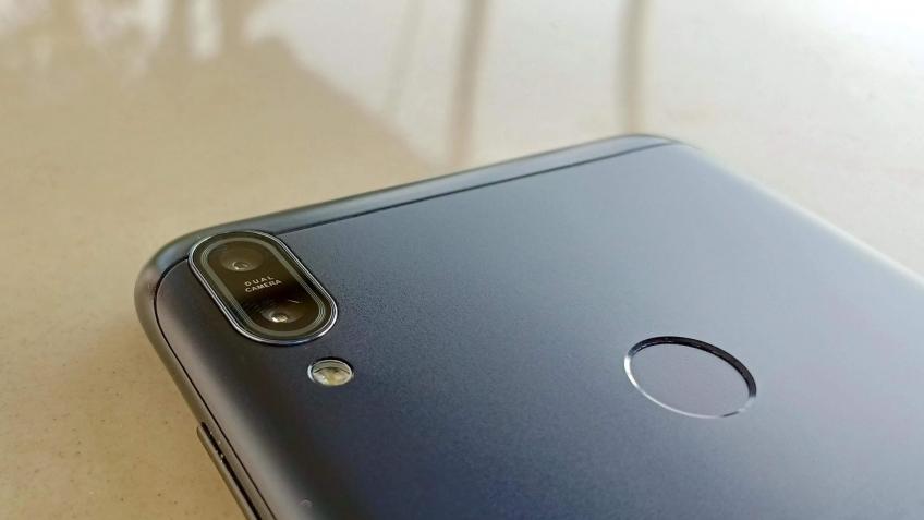 Asus продолжит выпускать бюджетные мобильные телефоны ZenFone