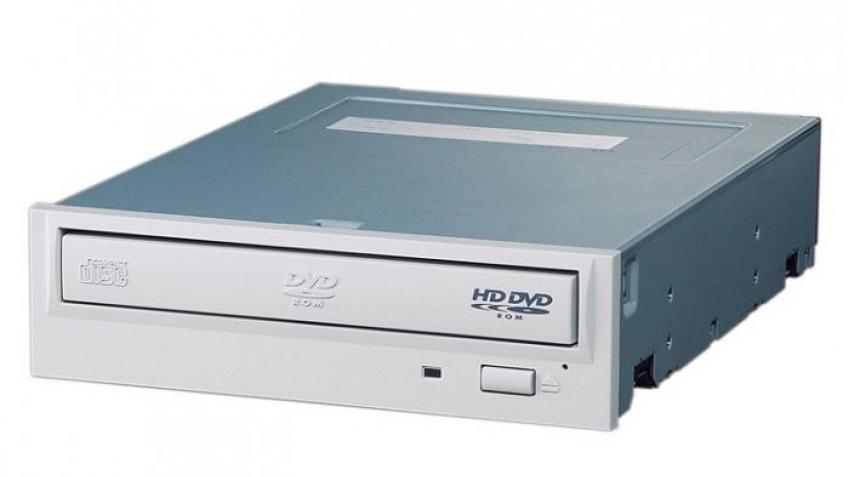 Первый5,25-дюймовый HD DVD