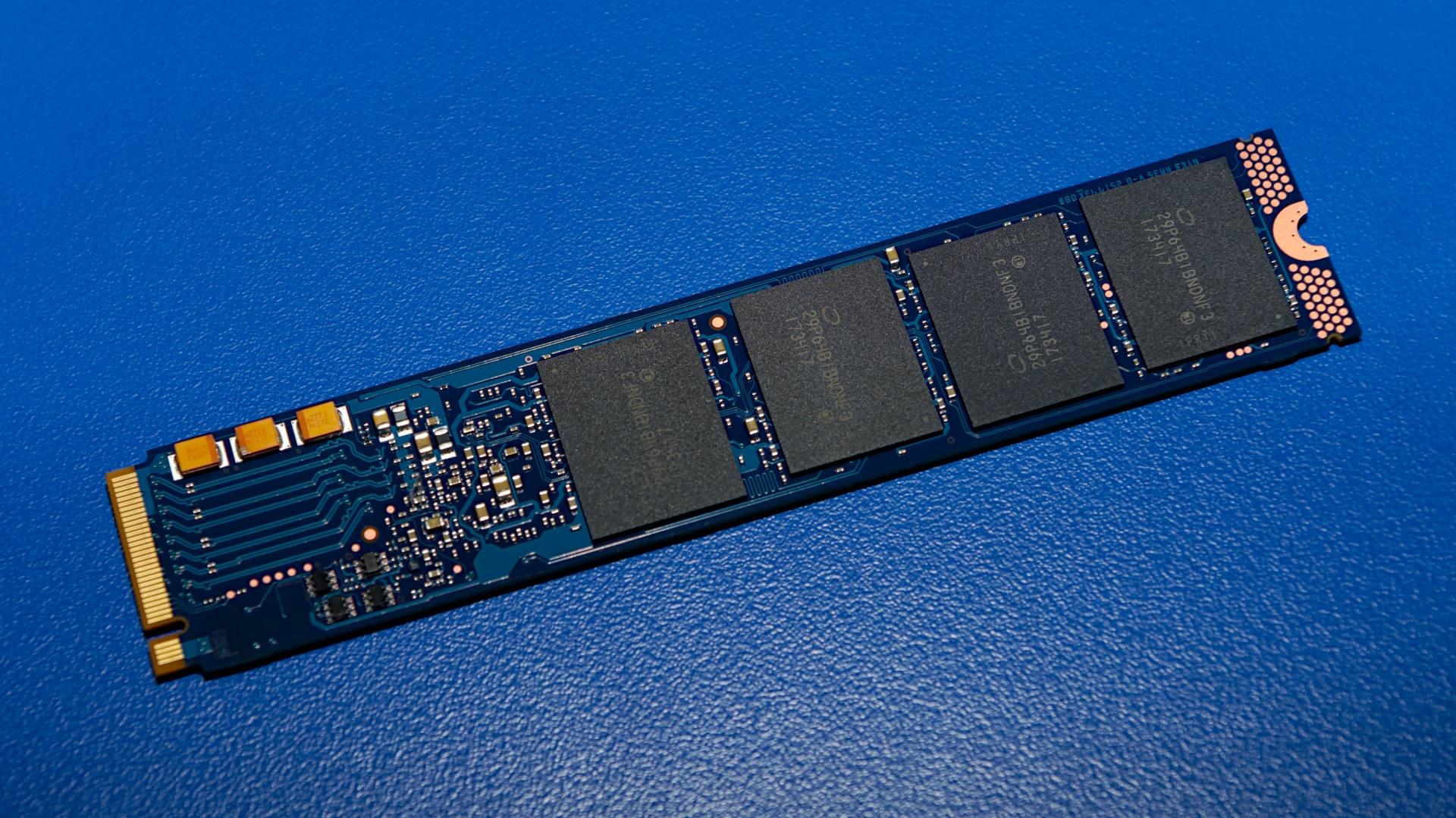 Память Intel Optane 905P снабдят штатными радиаторами