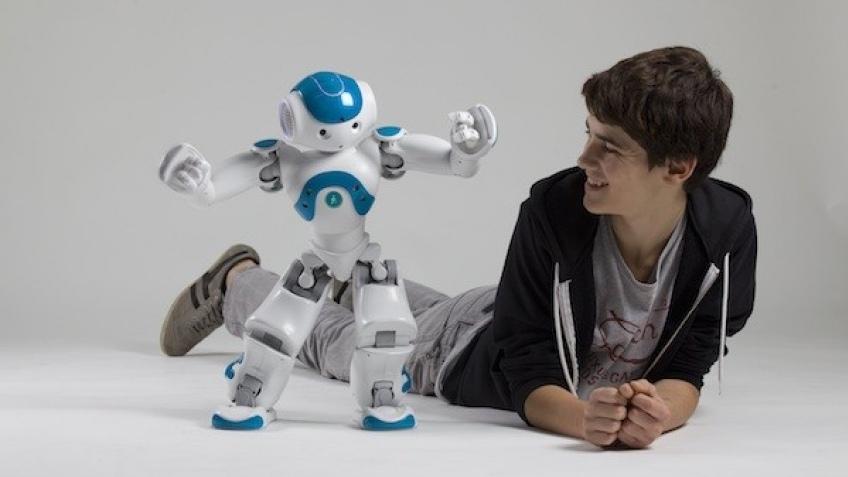 Aldebaran Robotics представила новую версию робота NAO