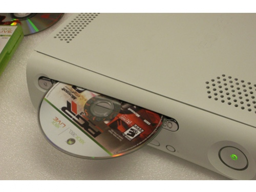 Модификация Xbox 360 пошла «с молотка»