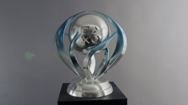 Владелец тысяч платиновых трофеев попал в Книгу рекордов Гиннеса