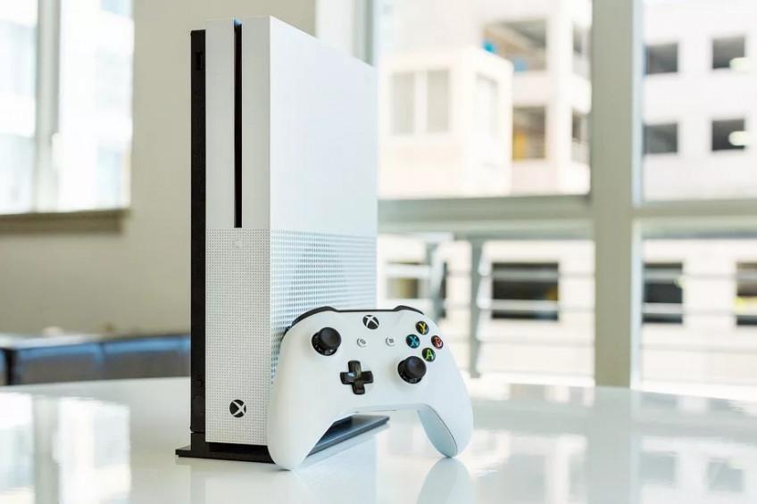 Microsoft прекращает производство Xbox One X и Xbox One S без дисковода