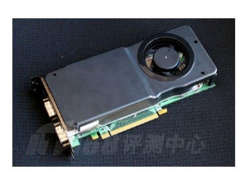 Первое фото GeForce 8800 GTS 512 Мб