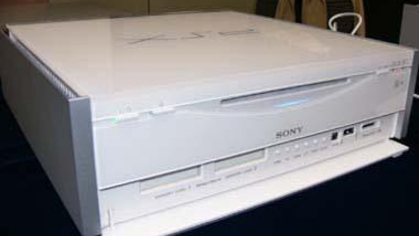 Sony PSX  превращается… превращается…