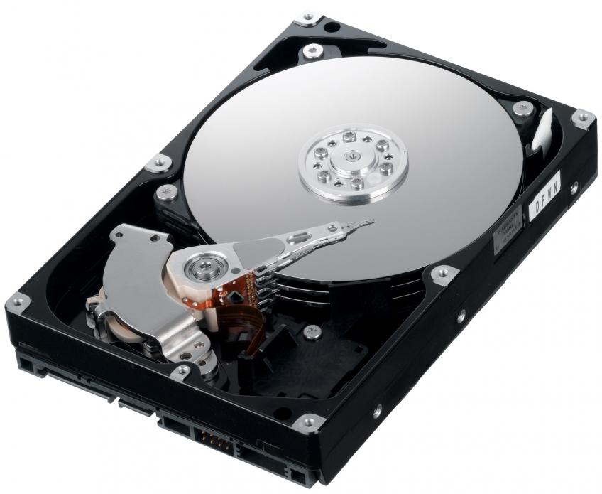 Поставки потребительских жёстких дисков упали на 18% за минувший год