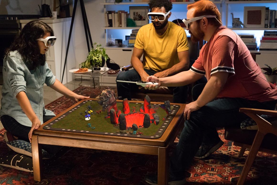 AR-очки Tilt Five добавят в настольные игры 3D графику и ещё больше интерактивности