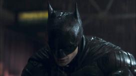На новых фото со съёмок «Бэтмена» заметили вход в Бэтпещеру