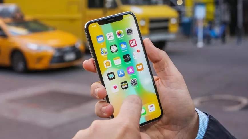 В России можно взять iPhone в аренду