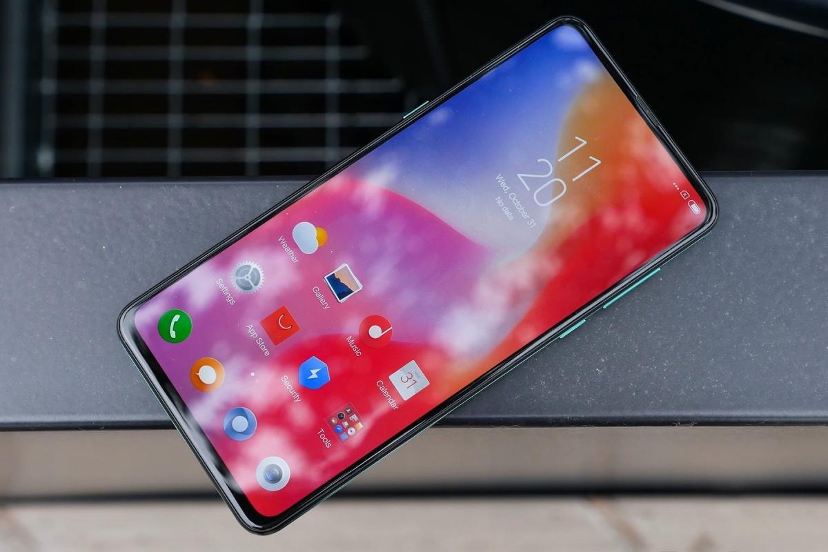 Слухи: Xiaomi Mi Note4 может получить выдвижную селфи-камеру и топовый процессор