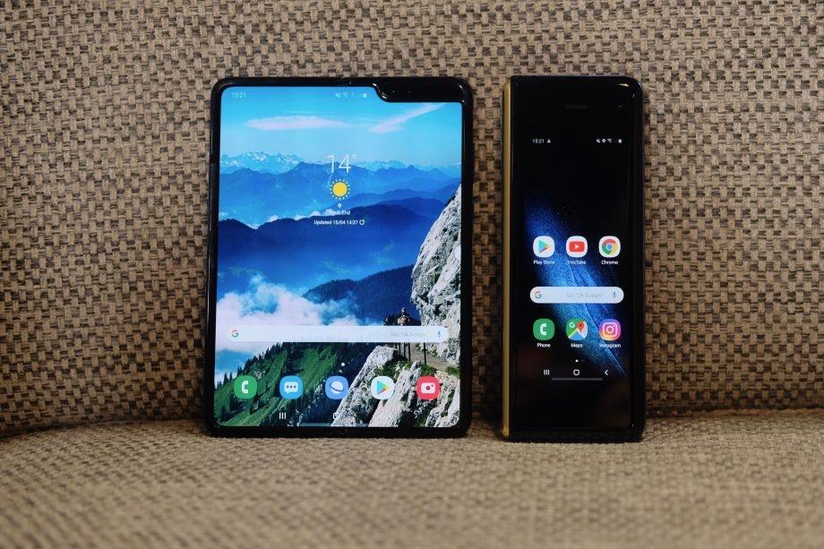 Смартфоны Samsung Galaxy Fold начали сбоить в ходе тестов