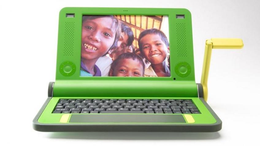 Первые партии 100-долларовых ноутбуков скоро отправятся в Африку