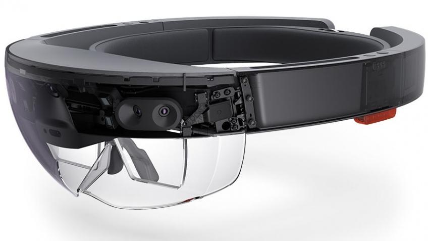Гарнитура Microsoft HoloLens появится еще в шести странах