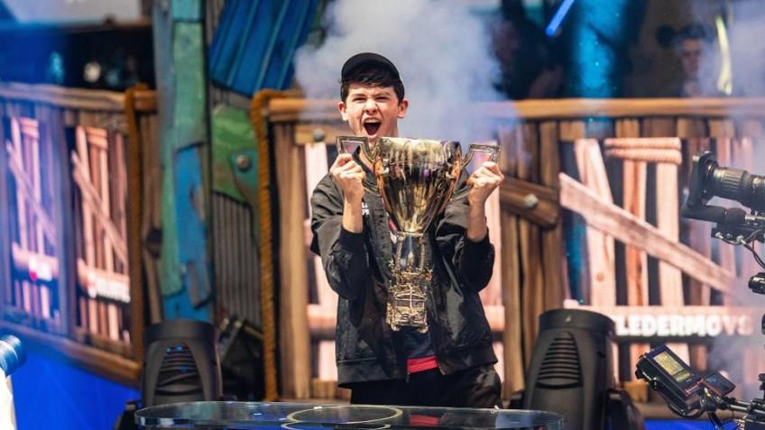 Шестнадцатилетний киберспортсмен выиграл3 миллиона долларов на чемпионате по Fortnite