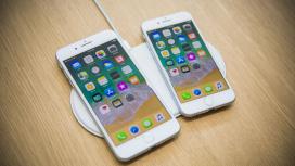 По слухам, iPhone SE2 Plus могут показать вместе с iPhone12