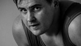 Рестлер хочет избавиться от ожирения с помощью PS4