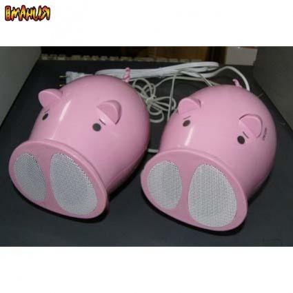 Квадраты BenQ и поющие свиньи
