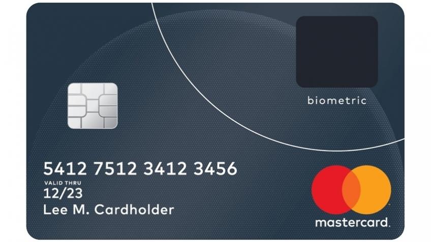 MasterCard добавила в банковскую карту сканер отпечатков пальцев