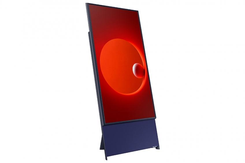Вертикальный телевизор Самсунг выходит в реализацию