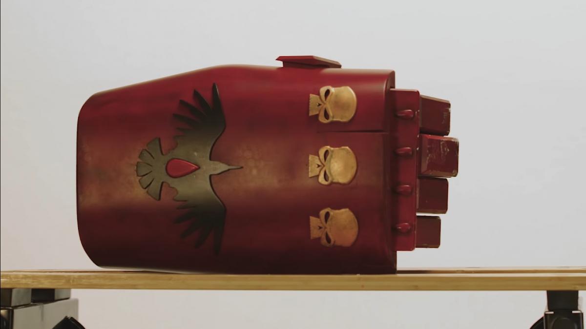 В новом ролике Dawn of War3 настоящий силовой кулак крушит арбузы и посуду