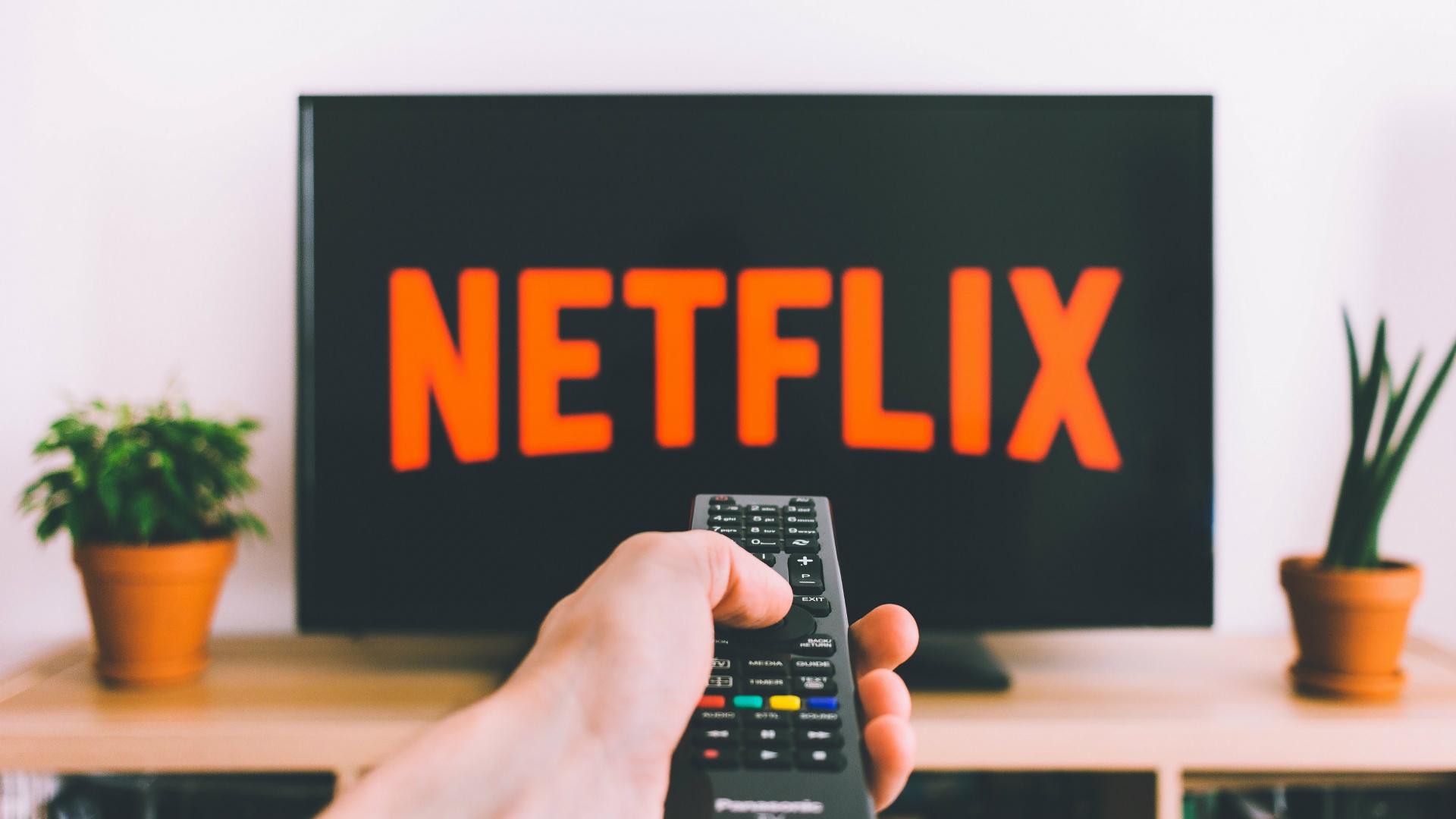 C15 октября Netflix в России перейдёт на оплату в рублях