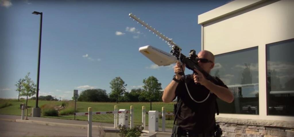 Винтовка DroneDefender поможет защититься от дронов