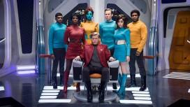 Netflix выложил новые тизеры и трейлер четвёртого сезона Black Mirror
