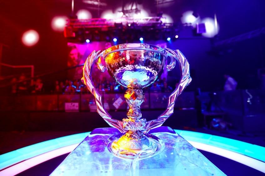 Команда Virtus.pro стала чемпионом Континентальной лиги League of Legends