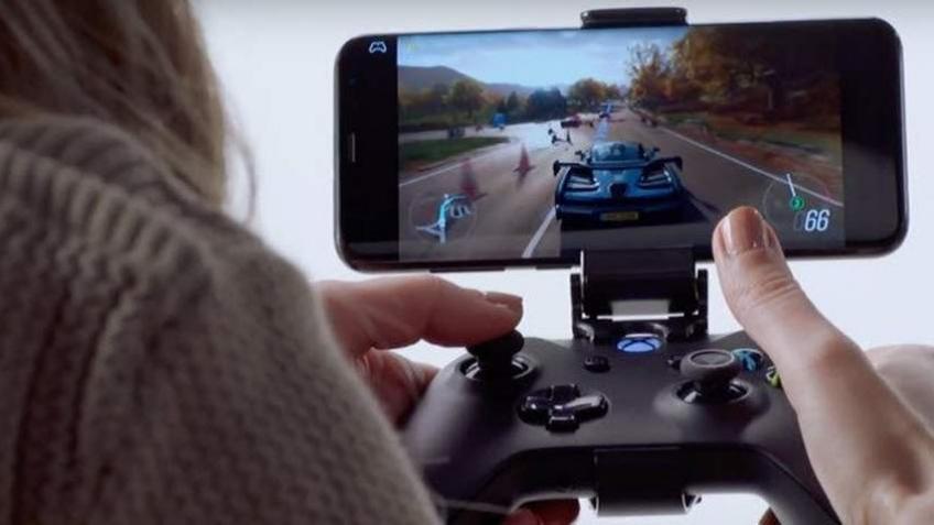 На смартфоны Samsung можно будет стримить игры с Xbox One