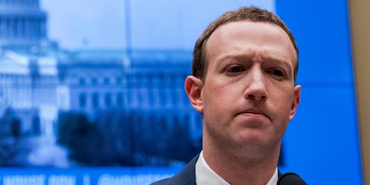 Facebook разрабатывает своего голосового помощника