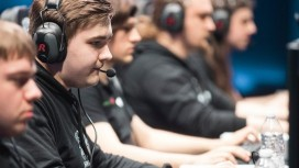 Albus NoX Luna сыграет с H2K в 1/4 финала ЧМ по League of Legends