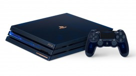 Прозрачная PS4 Pro во всей красе