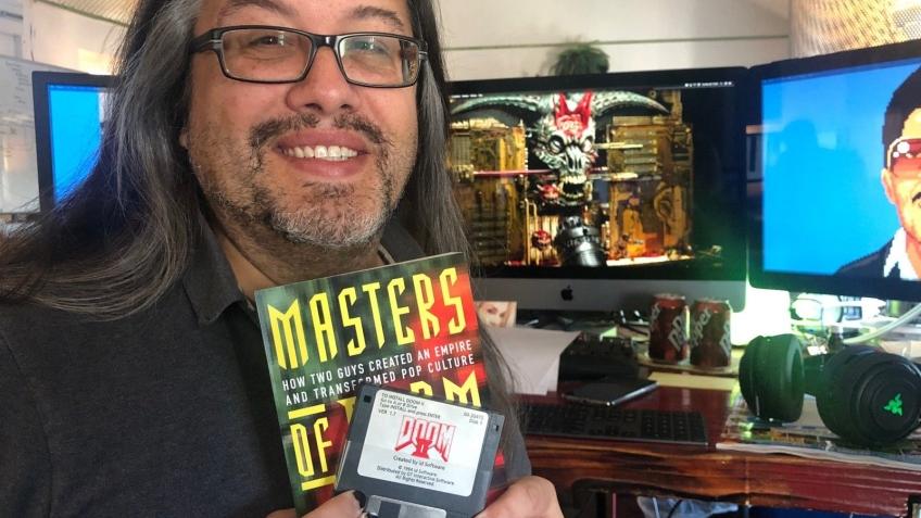Джон Ромеро помогает пострадавшим от пожара в Калифорнии сценаристам