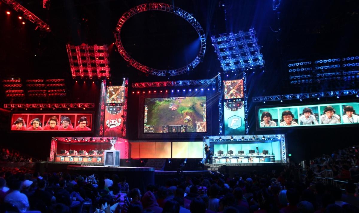 Riot Games не будет увеличивать призовой фонд турниров по League of Legends