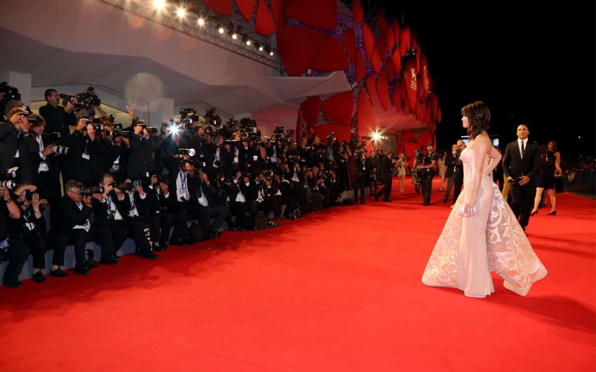 Венецианский кинофестиваль не стали переносить из-за коронавируса