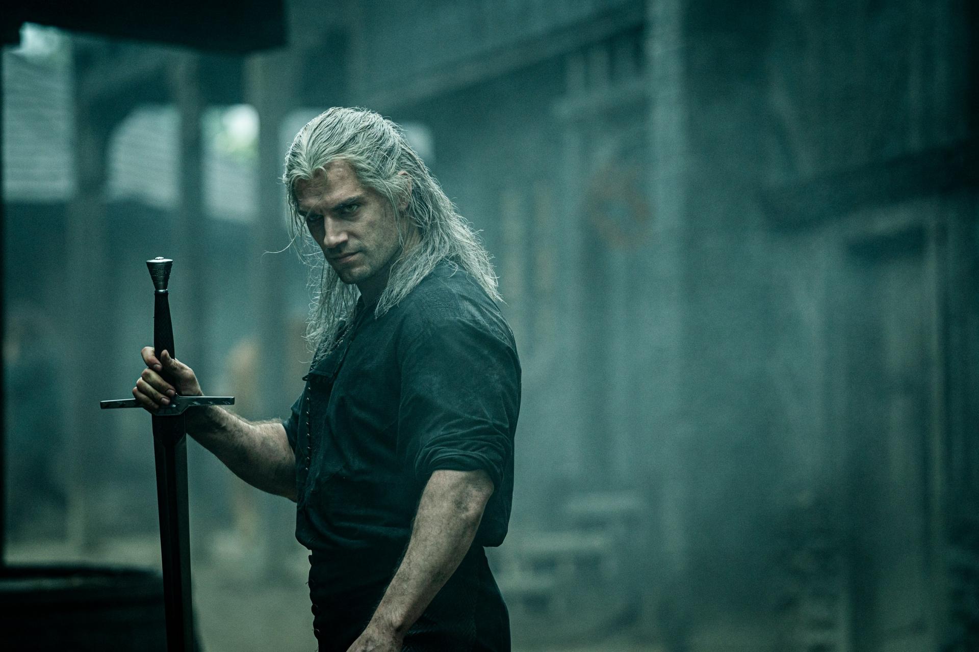 Генри Кавилл о «Ведьмаке»: «Я читаю все рецензии и форумы»