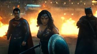 Появился новый ролик кинофильма «Бэтмен против Супермена: На заре справедливости»